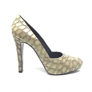 Givenchy Croc Embossed Leather Heels Pumps Nutmeg